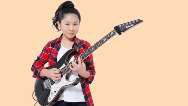 Meet Li-sa-X, the 13 Year Old Japanese Guitar Prodigy